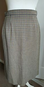 Gorgeous Aquascutum 100% Wool Pencil Skirt Size M Classic Check Lined Vintage