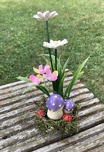 Gänseblümchen, Fliegenpilze, auf Holz, Frühling, Ostern, Handarbeit
