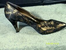 Touch of Nina sz 5.5 Women's Black/Brown/Gold Leaf Design Cloth Cover Shoe C1235