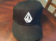EUC NEW ERA Black Volcom One Size Fits All HAT CAP SKATE