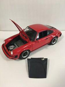 PREMIUM CLASSIXXS 10150 Porsche 911 Carrera 3.2 Coupé Rouge 1/12 Edition Limitée