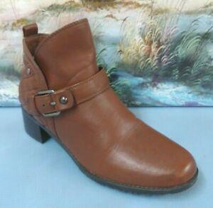 DANA BUCHMAN Womens Black Ankle side zipper Heel Boot Size 7 M   73277