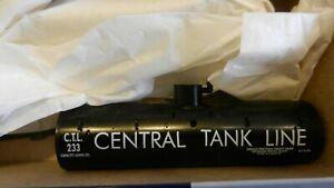 Roundhouse MDC HO Ltd. Run  Old Time Tank Car Kit, Central Tank Line, NIB