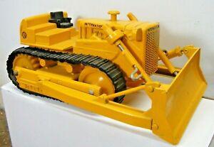 Vintage Ertl IH Interational 1970s Bulldozer Crawler TD 25