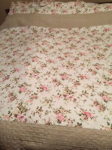 floral country roses bedspread kingsize quilted ditsy pink beige dotty