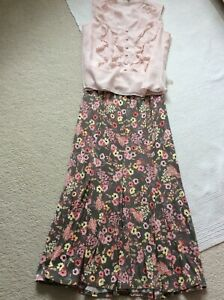 Pretty skirt and top outfit size 10 Coast / Profile