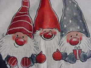 """ZIPPERED CHRISTMAS PILLOW COVER WITH GNOMES NEW 18"""" SQUARE"""