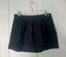 NWT! Old Navy size 10 jean/denim dark blue skirt. 2 pockets. Reg price $24.50!!