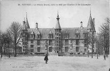 Ancienne carte postale, NEVERS, Le Palais Ducal, écrite au revers.