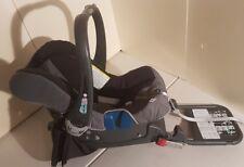 Britax-Römer BABY-SAFE plus II Babyschale mit Isofix-Station