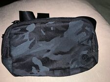 LULULEMON EVERYWHERE BELT BAG JACQUARD CAMO BLACK  NWT