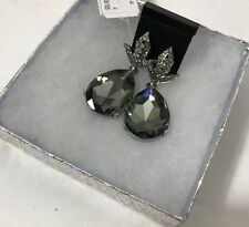Oscar de la Renta Green/Gray Pear Drop Earrings Clip-On Hallmarked