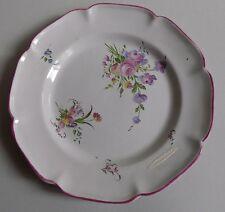 Aprey. Assiette en faïence à décor floral, XIXe siècle