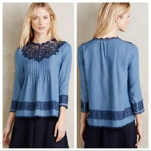 Holding Horses Anthropologie Perra Blue Lace Chambray Popover Blouse Top Size 6