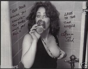 GRACE SLICK Signed Photograph - Singer Jefferson Airplane Psychedelia - preprint
