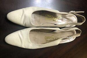 VTG Salvatore Ferragamo Women's Slingback Wedge Shoes Size 7.5 AAAA Ivory