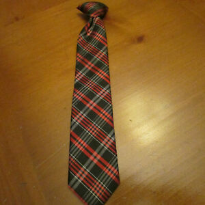 """CHAPS Tie,Red,black,white plaid, Clip on,14"""" long"""