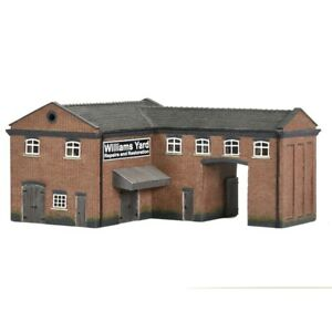 42-0086 Scenecraft N Scale Industrial Gate House