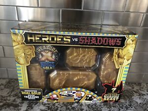 NEW Sealed X Heroes vs Shadows real Kings GOLD DIPPED TREASURE X INSIDE