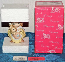 Precious Moments Figurine Love Is A Warm Heart On A Cold Day 4024084 NEW IN BOX