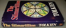 The Silmarillion, J.R.R. Tolkien, 1°Ed. Book Club Associates 1978.