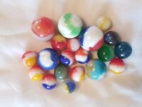 Vintage Marble plus shooters - Lot of 20 Akro Agate Swirls and Patches