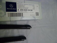 Genuine Mercedes-Benz C-Class W205 Front Wiper Blades A2058202400  *NEW*