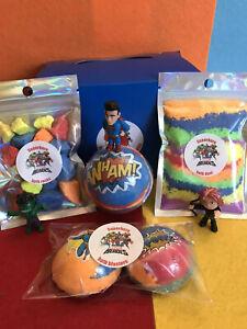 Kids Superhero 5 Bath Bombs Gift Set/Hidden Toys For Boys /Fizzy Bath Time Fun