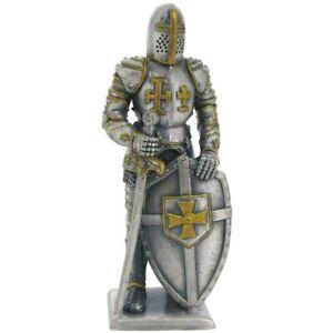 Ritter stehend Kreuzritter (Zinn)