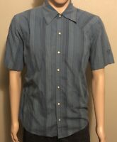 Men's Mountain Hardwear Pearl Snap Button Front Short Sleeve Shirt Blue Medium