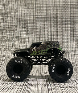 Grave Digger Custom CAD 3D Printed Chassis 4 Spin Master Monster Jam Truck