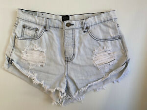 Ripcurl Size 10 Women Shorts - Denim Light Wash Blue And White Distress Shorts