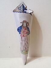 ancienne bouquetiere faience de malicorne PB pouplard beatrix breton