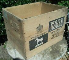 CBO Caisse de Whisky White Horse en bois ancienne
