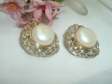 VINTAGE CLASSIC WHITE BAROQUE PEARL CLIP EARRINGS IN GIFT BOX