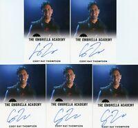 VL The Umbrella Academy season 1 Autograph card Cody Ray Thompson as Dave