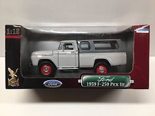 Yat Ming Road Signature 1959 Ford F-250 Pick-Up Truck 1:18 Gray with Camper Cap