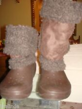 WOMENS WINTER BOOTS NADIA CROCS BROWN FAUX FUR SIZE W 7  PRE-OWNED