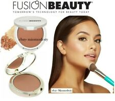 NEW FUSION BEAUTY NATURAL BRONZER PRESSED POWDER - Radiance