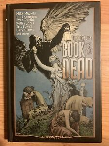 9781593072810 The Dark Horse Book Of The Dead
