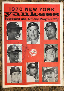 1970 NY Yankees Program Signed by Twins: Killerbrew Ratliff Alyea Holt & William