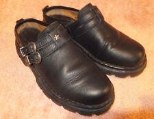 BEARPAW  Womens Clog Mule 2 buckle  Black Leather Sz 6.5M - 37 Very Nice