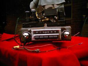 1956  CHEVROLET ORIGINAL AM  RADIO ANDPOWER SUPPLY