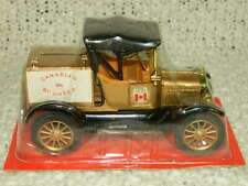 """Ertl 1918 Ford Model """"T"""" Runabout Gold Diecast Canadian 9th Roundup 1:25 NIB"""