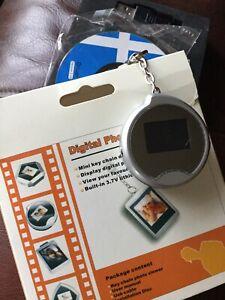 Digital Photo Frame Keyring