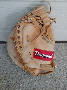 Diamond D1000 Professional Catchers Mitt, Left Handed Thrower.