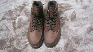 ECCO Track II GoreTex New With Box Brown  Ankle Boots.Size US 10- 10.5 (EU 44)