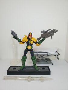 Marvel Legendary Comic Book Heroes Legends Judge Dredd Figure Toybiz w/ Extra's