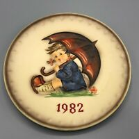 MJ Hummel Annual Collector Plate 1982 Hand Painted Western Germany Goebel
