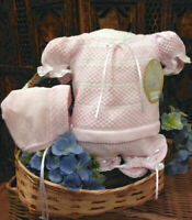 NWT Will'beth Pink & White Knit 3pc Diaper Set Bonnet Newborn Baby Girls Size 0